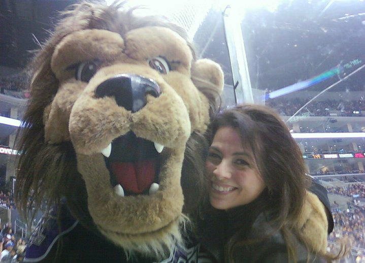 LA KIngs Bailey best mascot ever